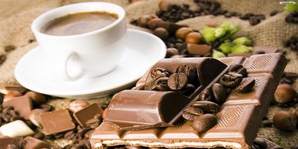مرکز فروش عمده تنقلات شکلاتی خارجی