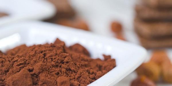 خرید پودر شیر کاکائو